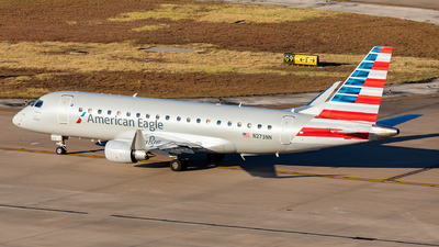 A picture of N273NN - Embraer E175LR - American Airlines - © Sweet Potato