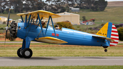 VH-JLA - Boeing A75N1 Stearman - Private