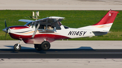 N1145Y - Cessna T206H Stationair TC - Private