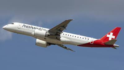 A picture of HBAZD - Embraer E190E2 - Helvetic Airways - © András Soós