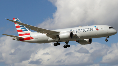 A picture of N803AL - Boeing 7878 Dreamliner - American Airlines - © James Bruno
