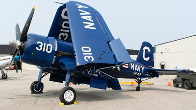 N72378 - Chance Vought F4U-4 Corsair - Private