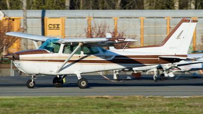 N5104J - Cessna 172N Skyhawk II - Private