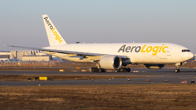 A picture of DAALH - Boeing 777FZN - AeroLogic - © Kevin Schaaser