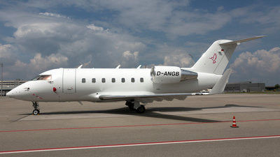 D-ANGB - Bombardier CL-600-2B16 Challenger 604 - MHS Aviation