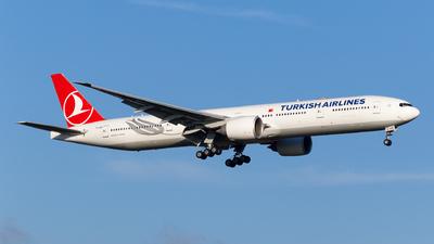TC-LKB - Boeing 777-36NER - Turkish Airlines