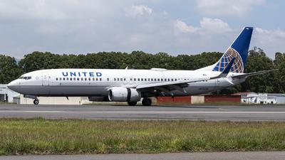 N73256 - Boeing 737-824 - United Airlines
