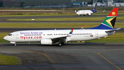 ZS-SJA - Boeing 737-8S3 - South African Airways