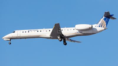 A picture of N12564 - Embraer ERJ145LR - United Airlines - © Martin Pinnau