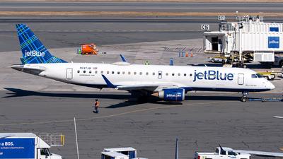 A picture of N247JB - Embraer E190AR - JetBlue Airways - © OCFLT_OMGcat