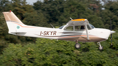 I-SKYR - Cessna 172G Skyhawk - Sky Service Flight Academy