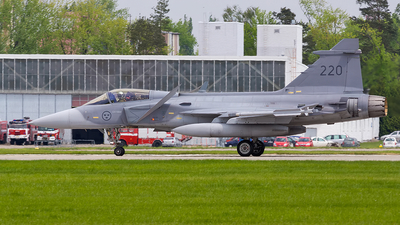 220 - Saab JAS-39C Gripen - Sweden - Air Force