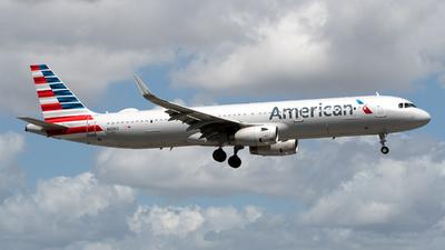 N120EE - Airbus A321-231 - American Airlines