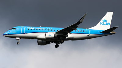 A picture of PHEXN - Embraer E175STD - KLM - © C. v. Grinsven