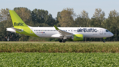 A picture of YLCSD - Airbus A220300 - Air Baltic - © Freek Blokzijl