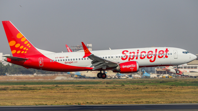 VT-MAX - Boeing 737-8 MAX - SpiceJet