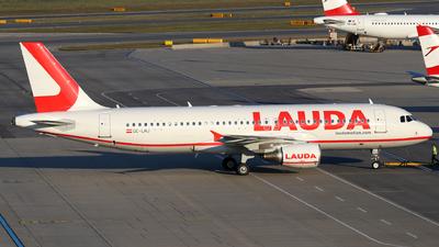 OE-LMJ - Airbus A320-214 - LaudaMotion
