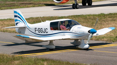 F-GGJC - Robin DR400/120 - Private