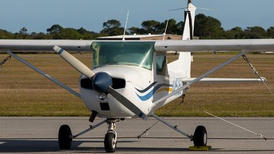 N45350 - Cessna 150M - Private