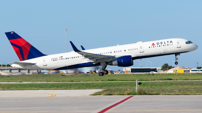 A picture of N547US - Boeing 757251 - Delta Air Lines - © Nito