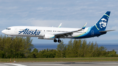 A picture of N428AS - Boeing 737990(ER) - Alaska Airlines - © Sandra