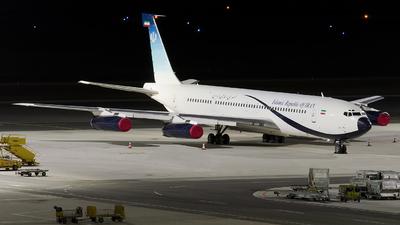 1002 - Boeing 707-3J9C - Iran - Government