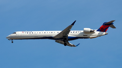 A picture of N298PQ - Mitsubishi CRJ900LR - Delta Air Lines - © Oliver Richter