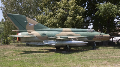 4025 - Mikoyan-Gurevich MiG-21bis Fishbed L - Hungary - Air Force