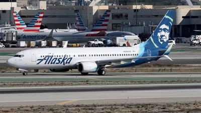 N592AS - Boeing 737-890 - Alaska Airlines