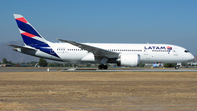 CC-BBE - Boeing 787-8 Dreamliner - LATAM Airlines