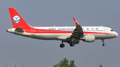 A picture of B8323 - Airbus A320214 - Sichuan Airlines - © Nishinomiya