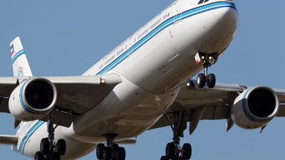 9K-GBA - Airbus A340-542 - Kuwait - Government
