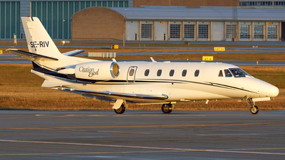 A picture of SERIV - Cessna 560XL Citation Excel -  - © Laszlo Fekete