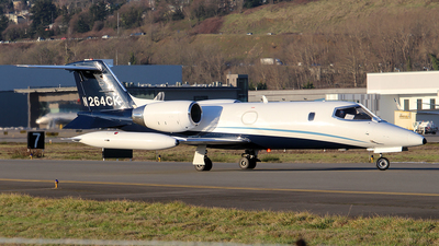 A picture of N264CK - Learjet 35A - Airnet - © Huy Do