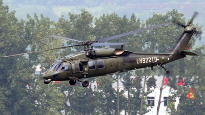 LH92210 - Sikorsky S-70C-2 Black Hawk - China - Army