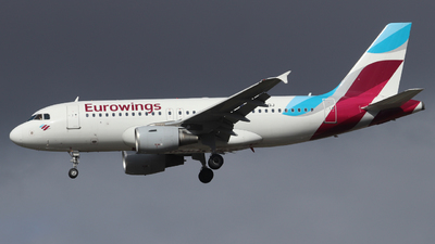 A picture of DABGJ - Airbus A319112 - Eurowings - © Scotty Antico
