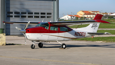 N210EU - Cessna T210L Turbo Centurion  - Private