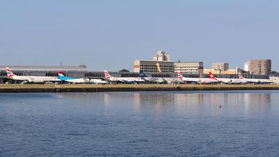 EGLC - Airport - Ramp
