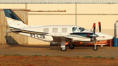 PT-LZB - Piper PA-31T Cheyenne II - Private
