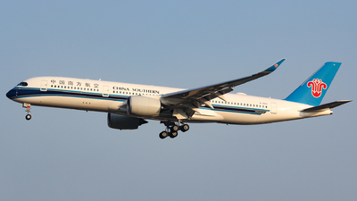 B-30C0 - Airbus A350-941 - China Southern Airlines