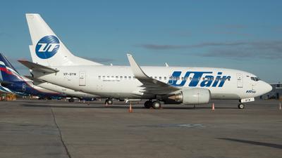 A picture of VPBYM - Boeing 737524 - UTair - © David_Vlasov
