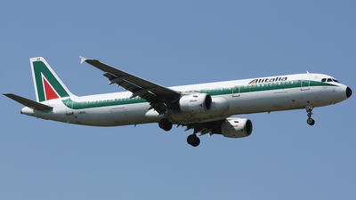 I-BIXA - Airbus A321-112 - Alitalia