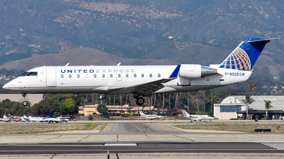 A picture of N926SW - Mitsubishi CRJ200LR - United Airlines - © Nathaniel Schott