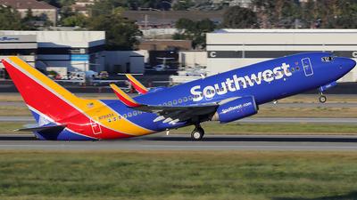 N7885A - Boeing 737-76N - Southwest Airlines