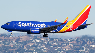 N212WN - Boeing 737-7H4 - Southwest Airlines