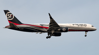 B-1231 - Boeing 757-223(PCF) - SF Airlines