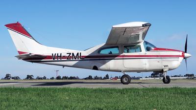 VH-ZML - Cessna 210L Centurion II - Private