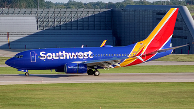 A picture of N965WN - Boeing 7377H4 - Southwest Airlines - © Chrisjake