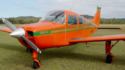 VH-UMS - Beechcraft B24R Sierra 200 - Private
