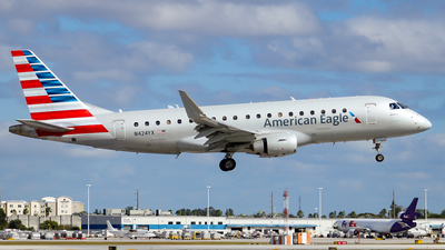 N424YX - Embraer 170-200LR - American Eagle (Republic Airways)